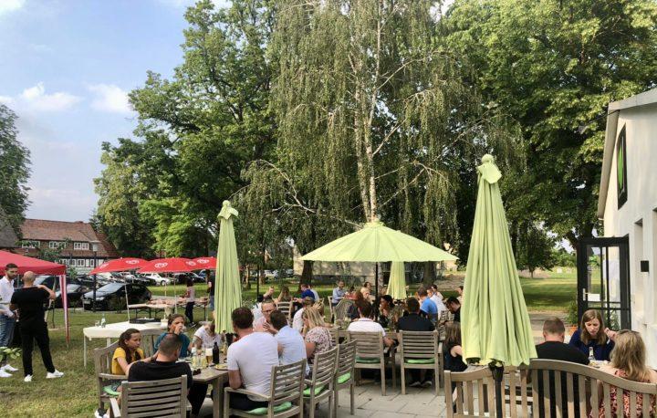WJ Sommerfest im Schlosspark Alt Rehse am Tollensesee » Wirtschaftsjunioren Neubrandenburg